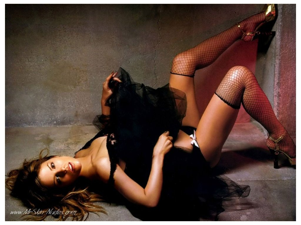 Kate Beckinsale Hot Wallpaper | Beautiful American Germany