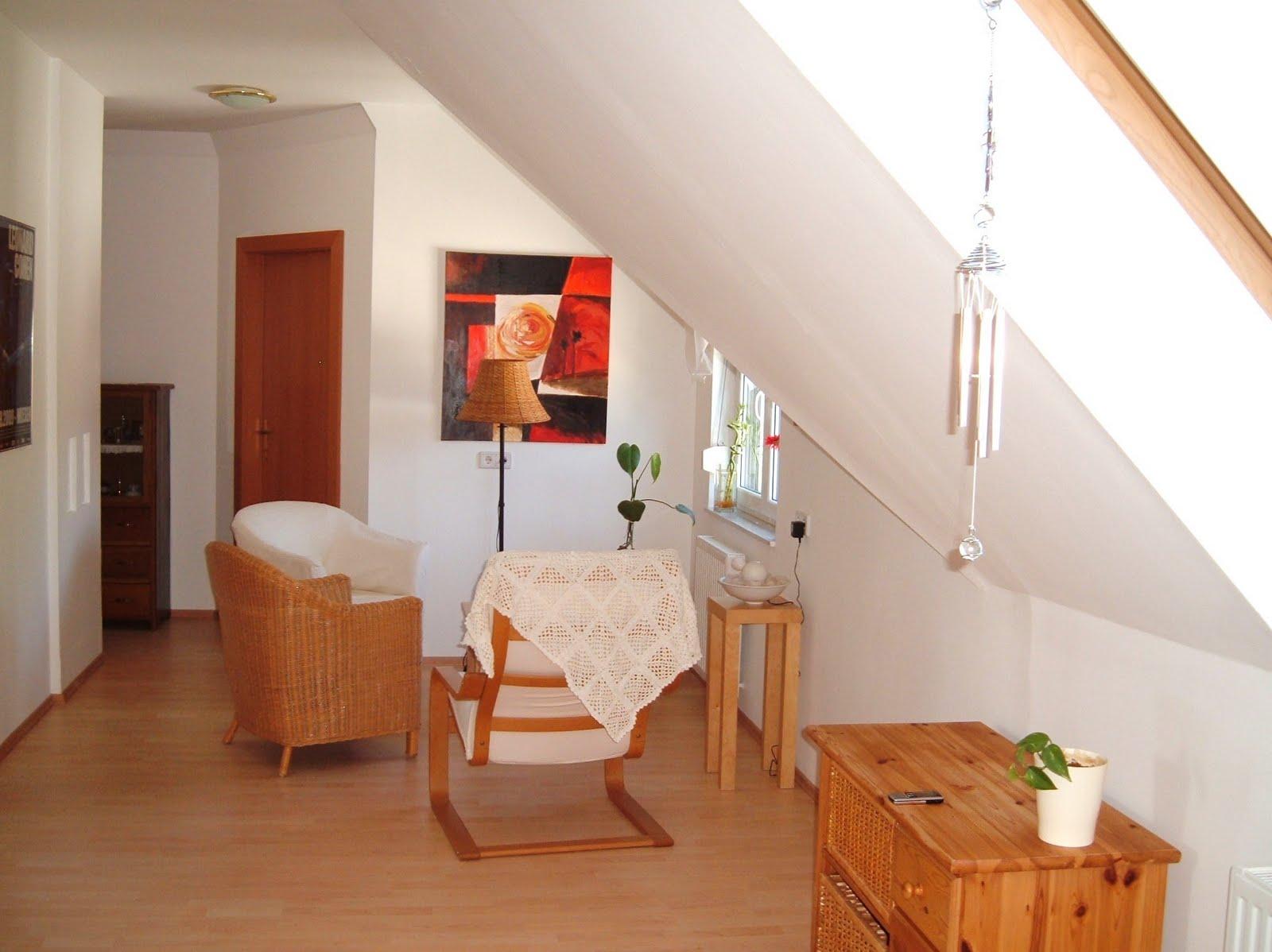 violet grey ein zimmer mehr ein zimmer weniger. Black Bedroom Furniture Sets. Home Design Ideas