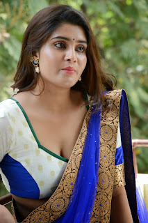 Harini  Picture shoot in half saree 042
