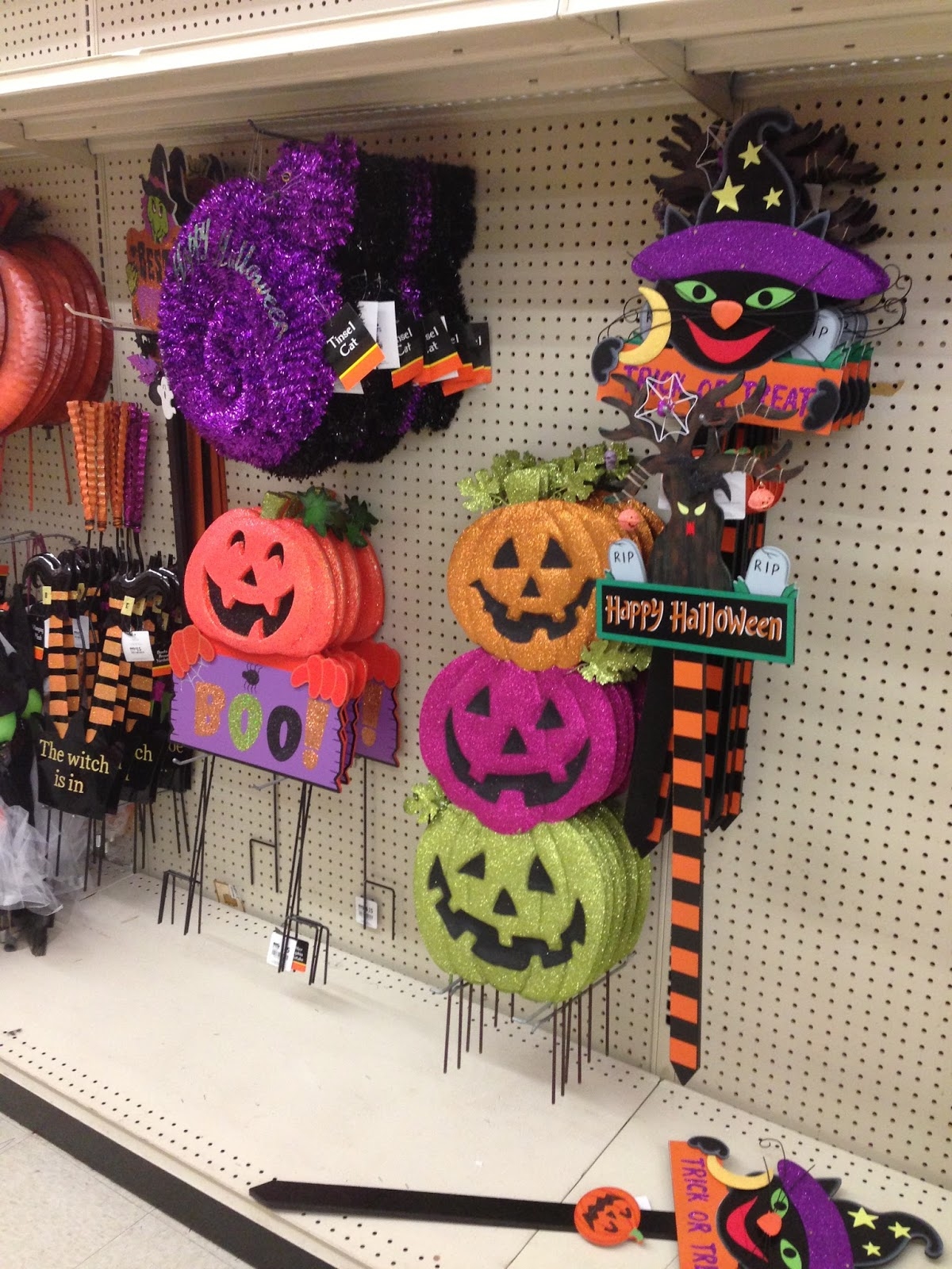 Fright Bites Photo Report Halloween Finds At Big Lots And Hallmark