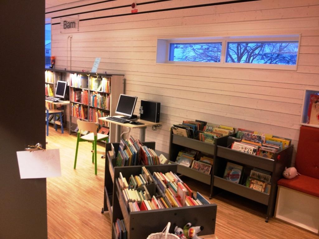 mönsterås kommun bibliotek