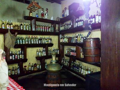 Restaurante Grande Sertão: Parte da Cachaçaria 'Botequim do Virgulino'