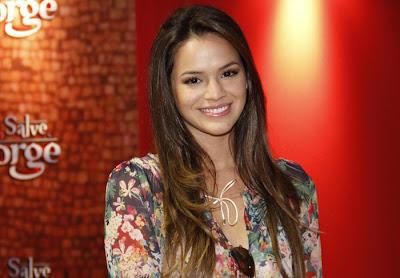 Corte de cabelos das atrizes - Bruna Marquezine (Lurdinha de Salve Jorge)