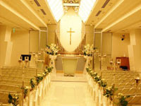 清潔感のある白いチャペル | ジューンブライド結婚式のイラスト・画像素材