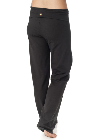 Try the Trendy and Stylish Long Yoga Pants
