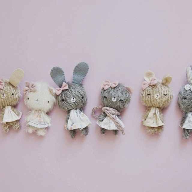 handmade plushies, artist bears, mini bears, kawaii, zakka, lovely bears, softie, decoración infantil, decorar habitacion infantil original, unico