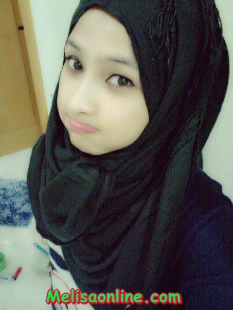 cewek abg muslimah cantik bening labil lepas jilbab hot