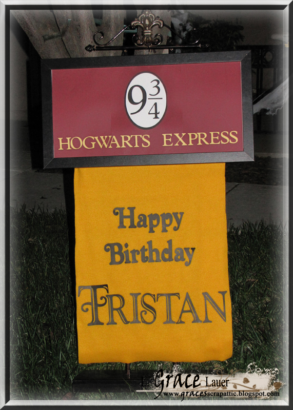 http://blog.uniquelygrace.com/2012/05/harry-potter-birthday-decor-project.html
