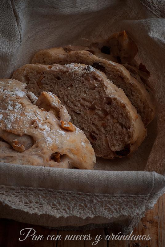 pan con nueces y arandanos