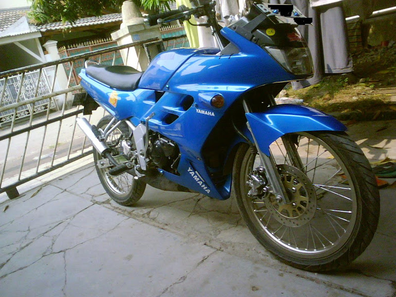 Gallery Pictures MotorBike title=