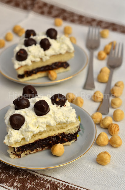hiperica_lady_boheme_blog_di_cucina_ricette_gustose_facili_veloci_dolci_tortine_con_pan_di_spagna_pronto_2