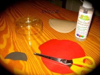 Mariquita plastico materiales