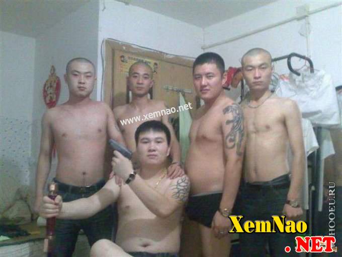 Giang hồ Trung Quốc : Tiền bạc, gái gú và thú vui sa đọa