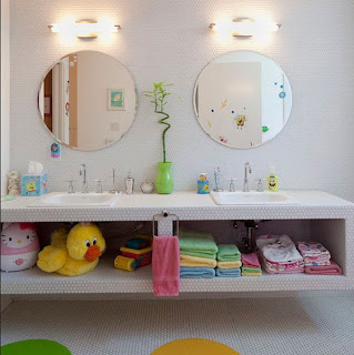 kamar+mandi+anak+kecil+sederhana Desain kamar mandi kecil cantik untuk anak anak