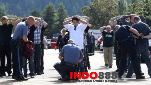 Pelaku Penembakan di Oregon