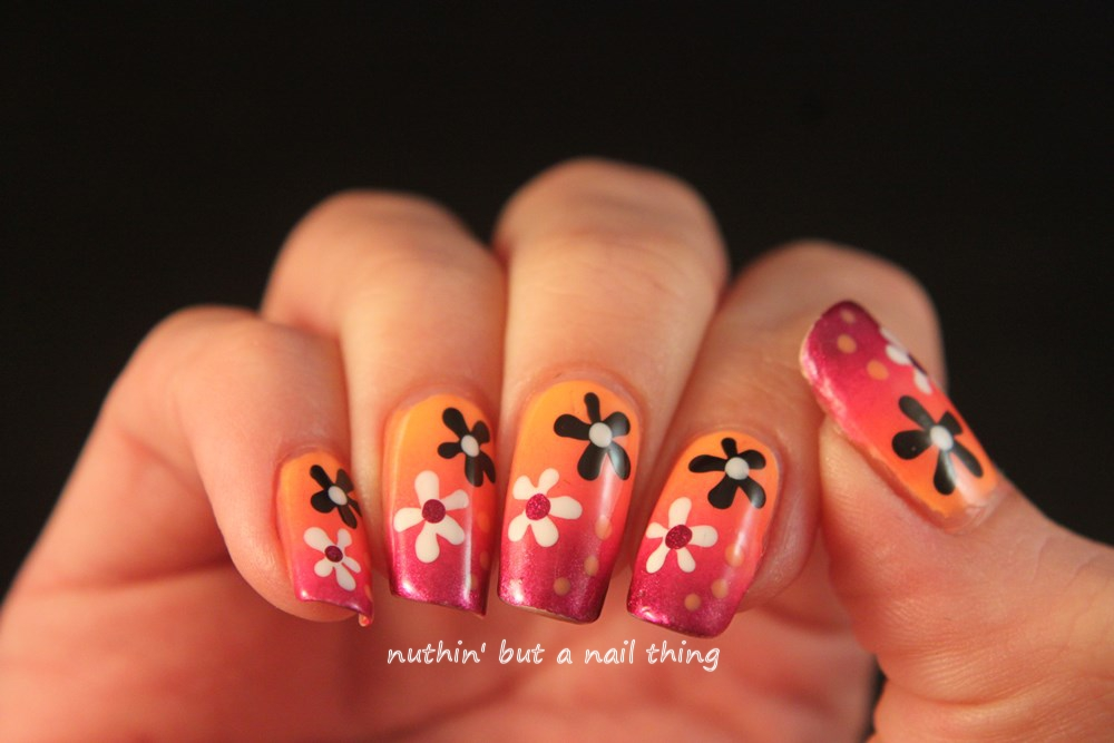 Flower gradient nail art