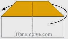 Bước 4: Gấp ngược cạnh tờ giấy về phía sau.