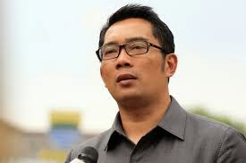 Jelang 100 Hari Pemerintahan, Ridwan Kamil Kritik Jokowi