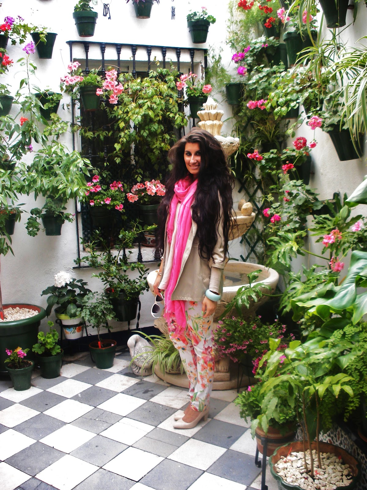 The fashionist girl patios de c rdoba for Inmobiliarias cordoba
