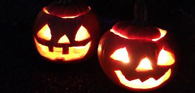 Dos calabazas de Halloween