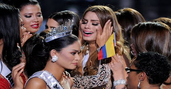 Unseen Miss Universe 2015 Footage Shows How Other Candidates Ignore Pia After the Pageant!