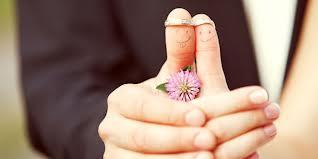 Buat Hidupmu Seperti Saat Jatuh Cinta
