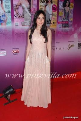 Kareena Kapoor at Cosmopiltan Awards 5