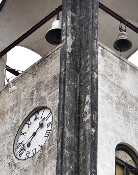 Reloj de la Iglesia de San Hilarion en Guanajay, Artemisa, Cuba