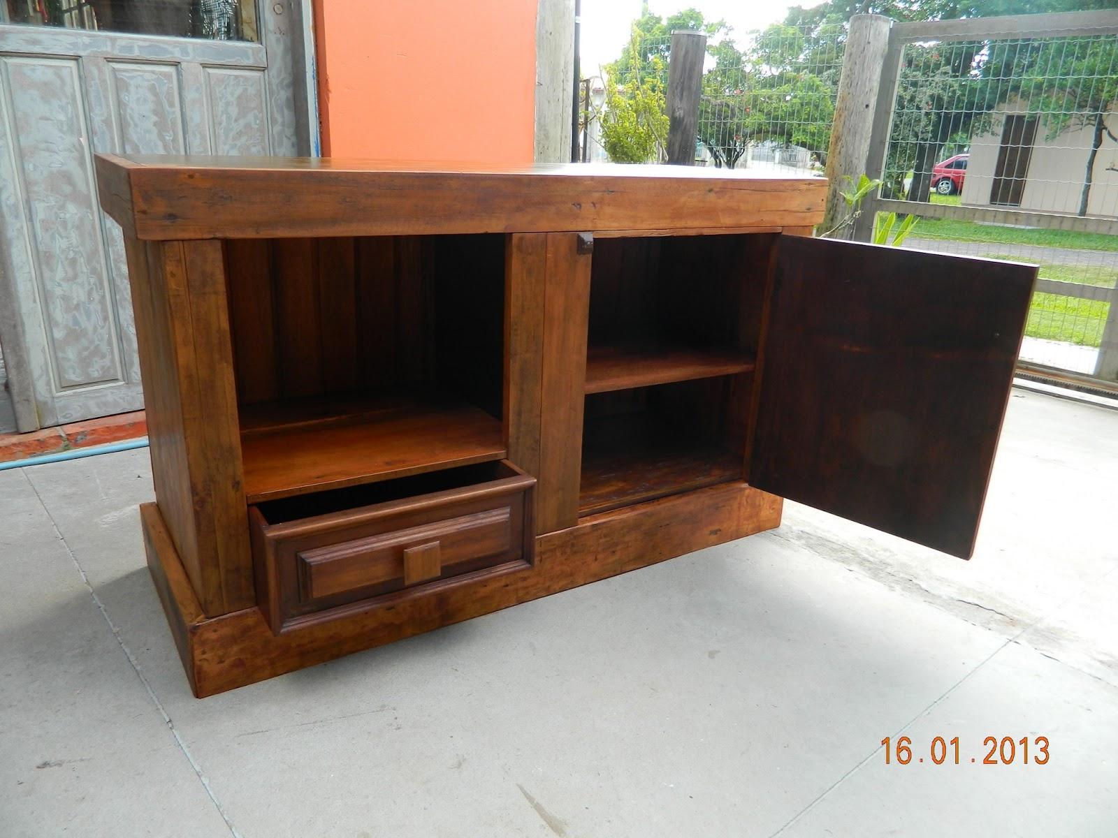 reciclando: Armário de banheiro com madeira de demolição #B44917 1600x1200 Banheiro Com Gabinete De Madeira