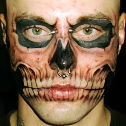Clearly, this guy had three distinct goals in mind when he decided to tattoo his face like a goblin