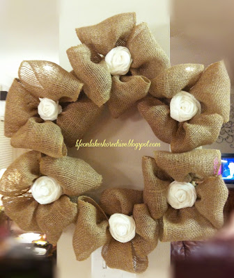 "alt=""Fall Burlap wreath tutorial"""