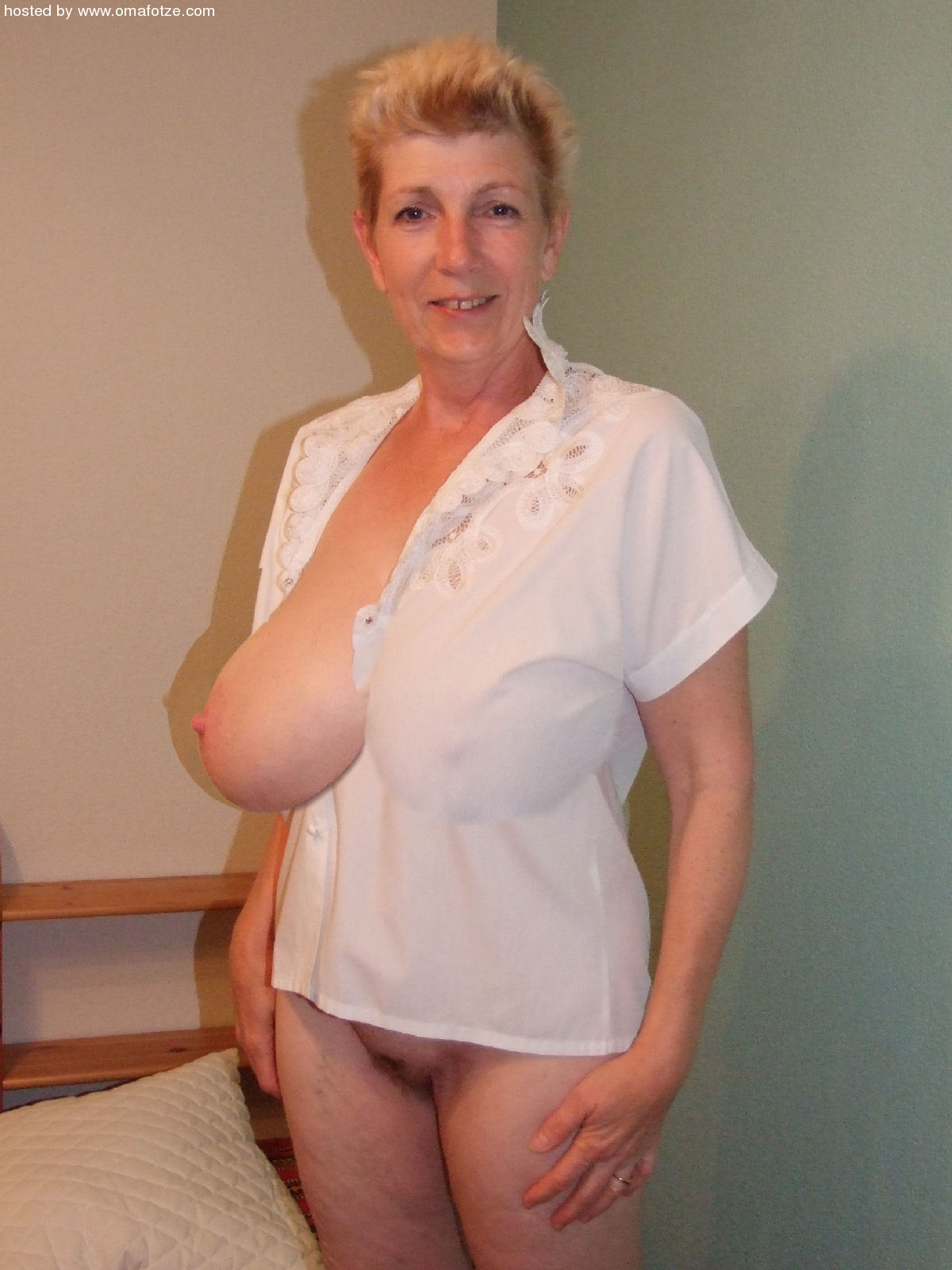 mature Photos homemade big women breasted of