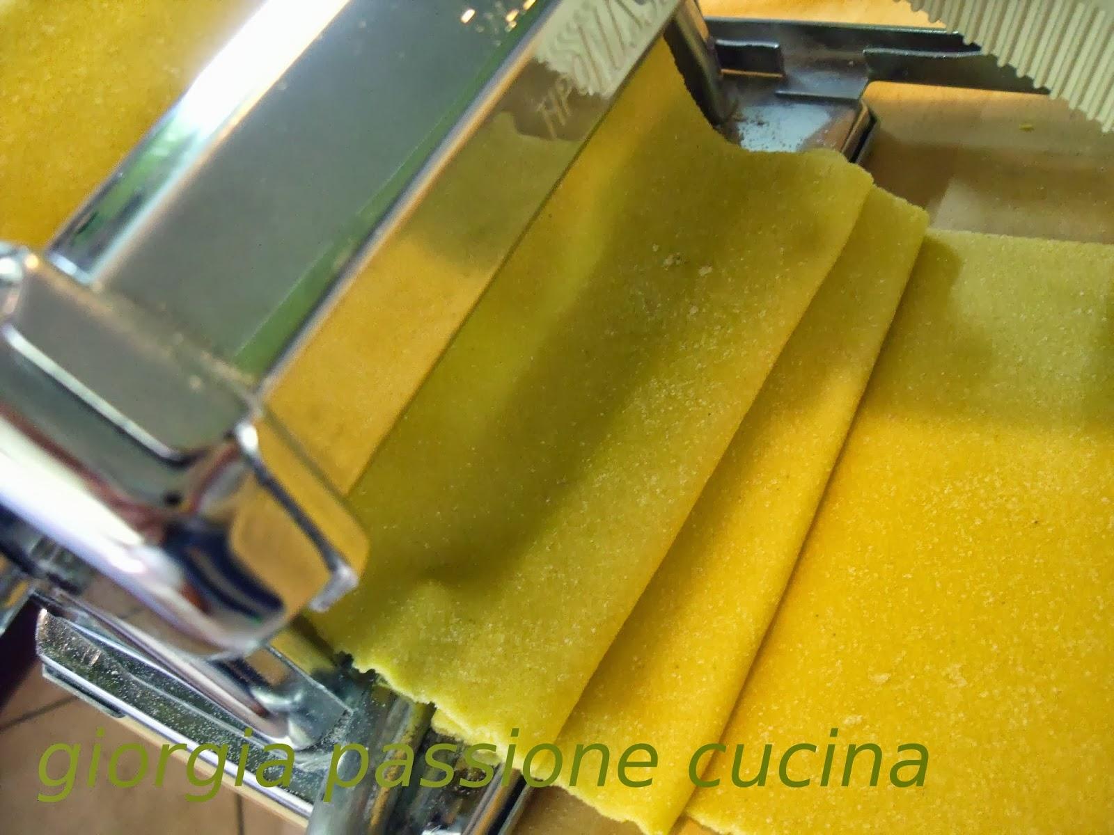 Giorgia passione cucina la pasta fatta in casa - Pasta fatta in casa macchina ...