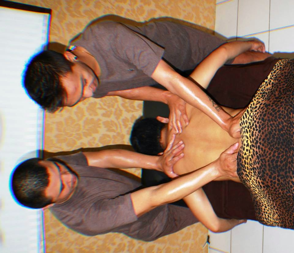 Four Hand Massage: Rp250,000