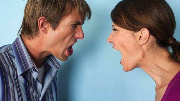 Topik Paling Sering Picu Pertengkaran Pasangan Usia 35-54 Tahun