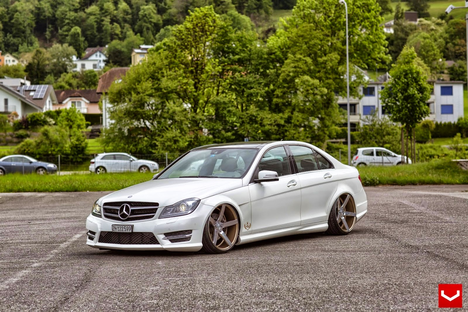 Mercedes benz w204 c class stance style benztuning for Mercedes benz w204