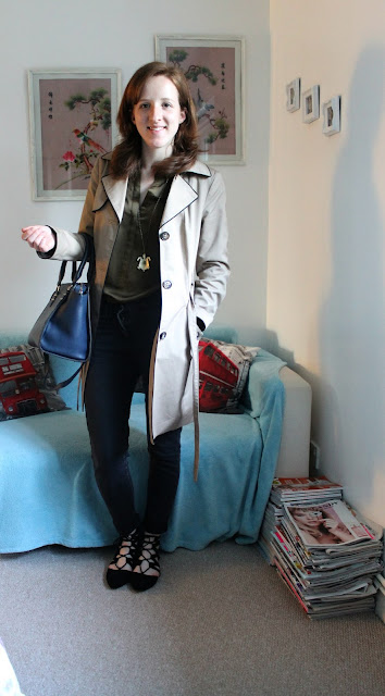 OOTD Green Shirt Marks and Spencer Mac H&M Black Jeans fashion blogger