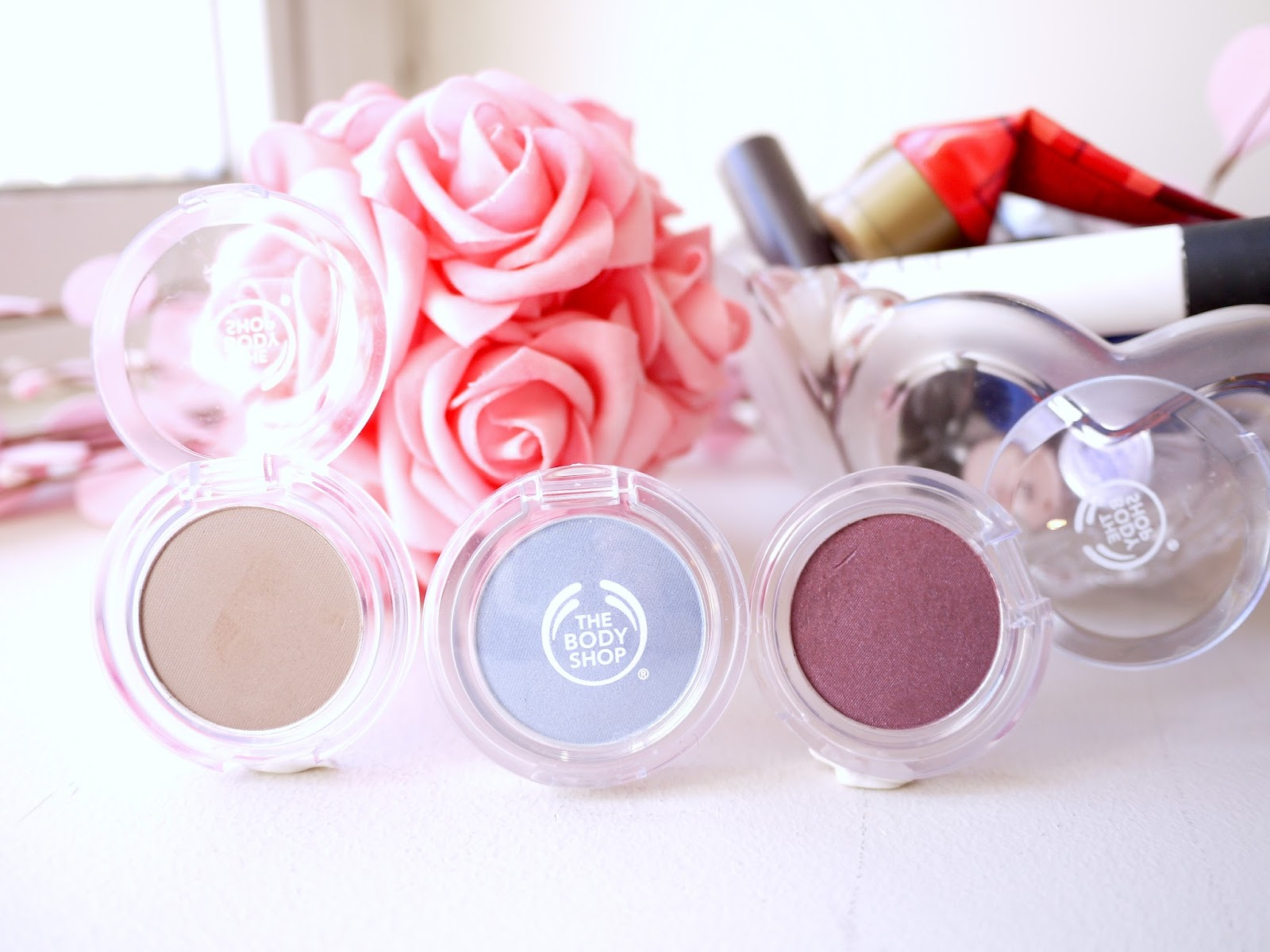 The Body Shop Color Crush Eyeshadows: Chocolate Liner, Boyfriend's Jeans, Grape Expectations swatch review