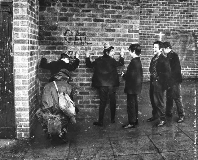 http://1.bp.blogspot.com/-Fxyh5p7Eiv4/UlJ_lMYcOhI/AAAAAAAAP4M/qZe2E3wvvEA/s640/Belfast+before+1980s+(15).jpeg