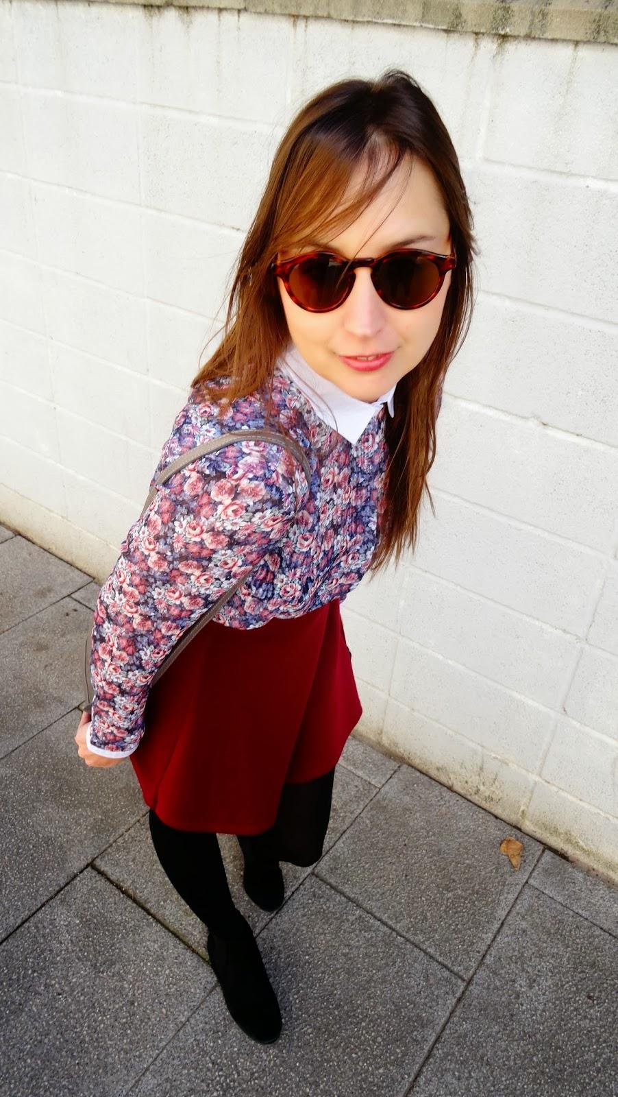 Must para esta primavera el flower print, esta camisa de stradivarius es monísima  y la he combinado con una falda skater y chaqueta de punto básica también de Stradivarius