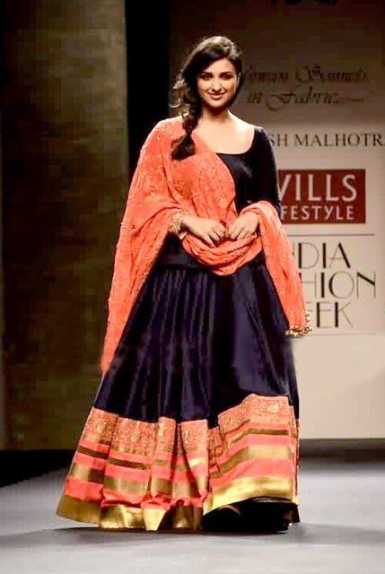 Parineeti walks at Wills Lifestyle India Fashion Week 2012 for Manish Malhotra