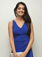 Nikitha Narayan Latest Glamorous pics in Blue-cover-photo