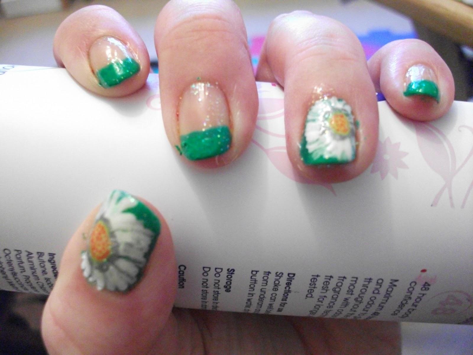 Daisy Nails Nail Art Designs