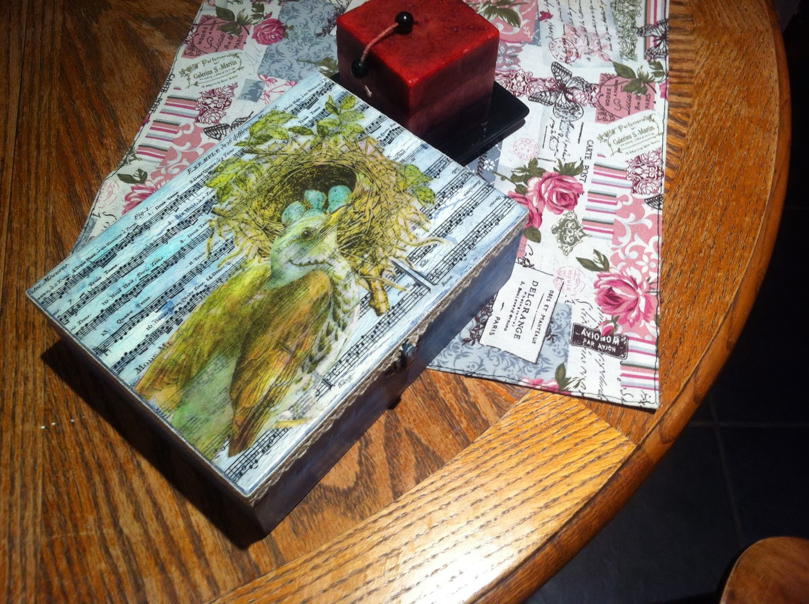 wooden box, gift, decoupage, nest,lace