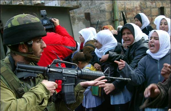 http://1.bp.blogspot.com/-Fyx7dbcwWPI/T2U9rBnfSOI/AAAAAAAAMn4/buAJhV3ldJI/s1600/100116_palestina3.jpg