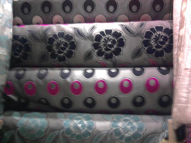 Salons du maroc et d coration orientale tissu sedari for Tissu pour canape pas cher
