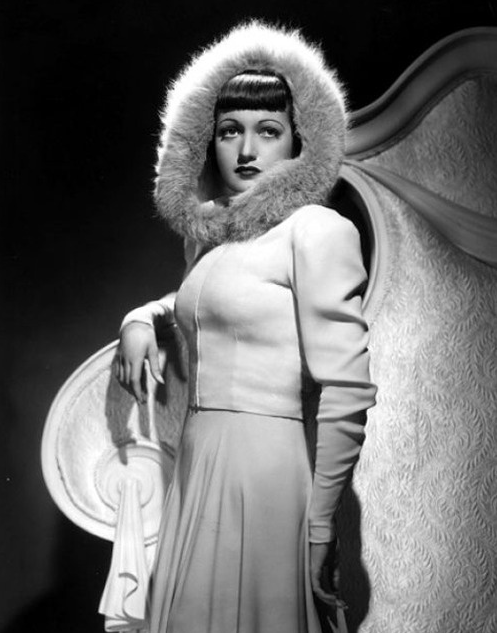 Dorothy Lamour ~ 1939 #1930s #winter #fashion #vintage #coat