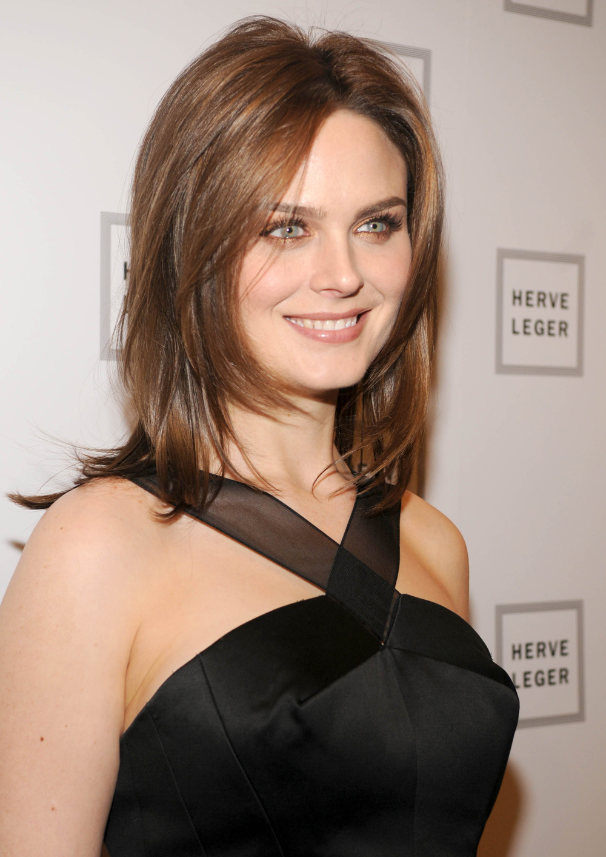 Emily Deschanel Hairstyles 8