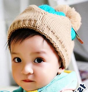 Foto Bayi Lucu laki-Laki Bikin Gemes