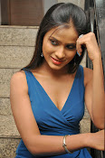 prashanthi photos at lion sm-thumbnail-11